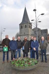 vlnr: Jan Bolhaar, Jan Broekhuis, Henny Waaijer, Joyce Schutte, Kay Schutte, Gerard Schulte en Arnold IJsseldijk. Martin Koop ontbreekt op de foto.